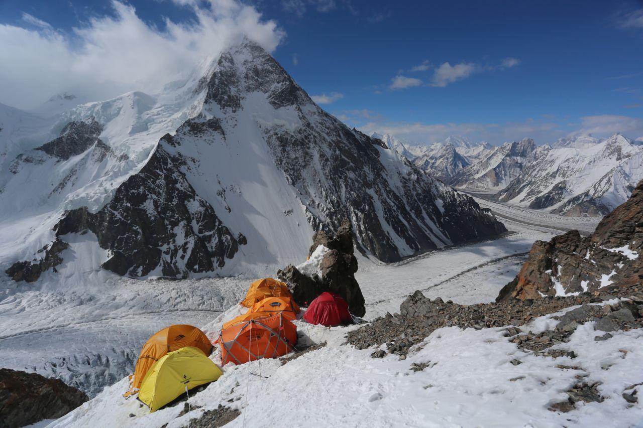 05-El Camp 1 (6100 m)