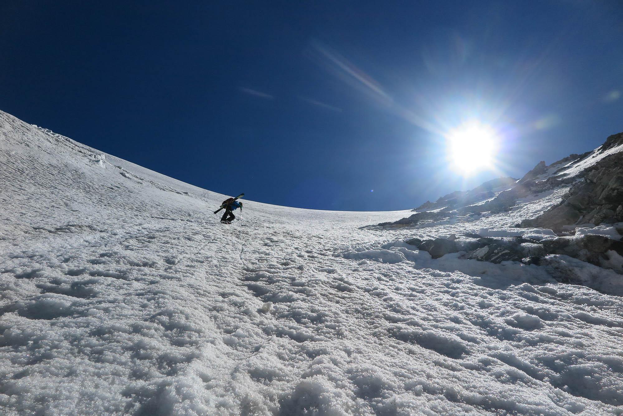 053- En Yannick arribant al primer coll